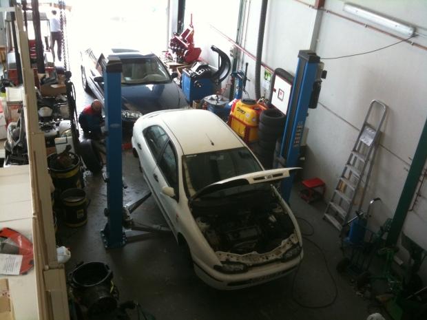 taller mecánico en  Burgos