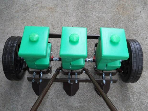 sembradoras manuales de tres filas en Soria