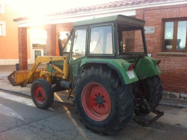 tractores-de-ocasion-con-pala-en-burgos