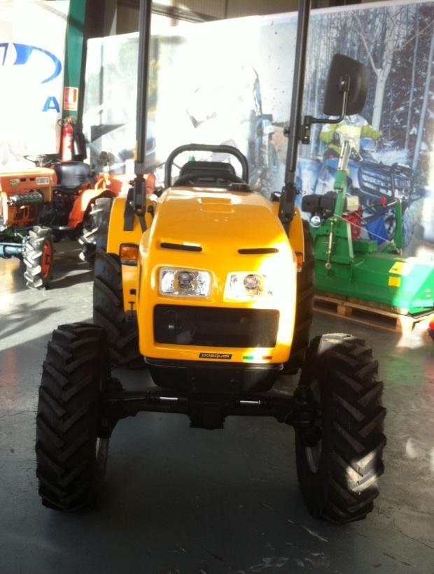 tractor para viñas Pasquali en Valladolid